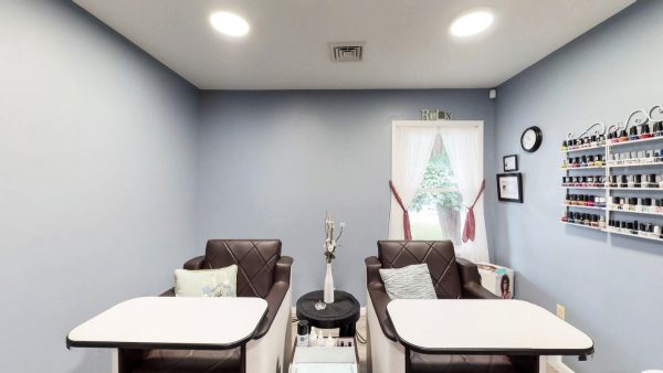 SW The Spa Day Spa & Skin Care Center Gloversville New York - dual manicure chairs
