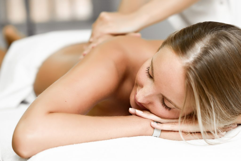 SW The Spa Day Spa & Skin Care Center Gloversville New York - Relaxing Woman Back Rub